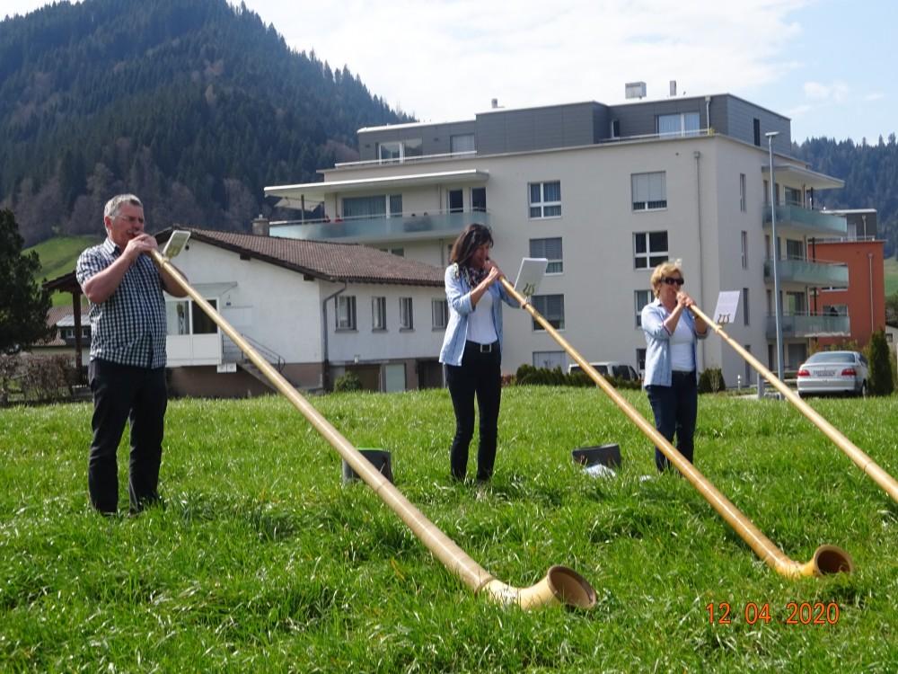 Alphorn-Ständli Ostersonntag 1
